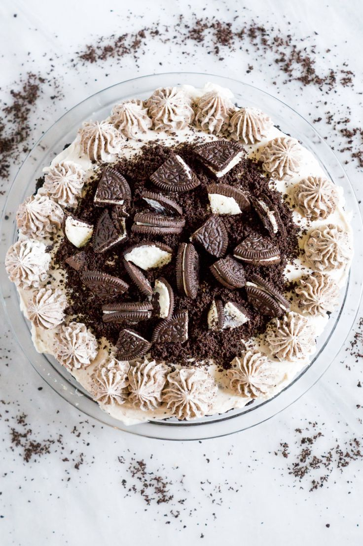 No Bake Cookies and Cream Cheesecake vert