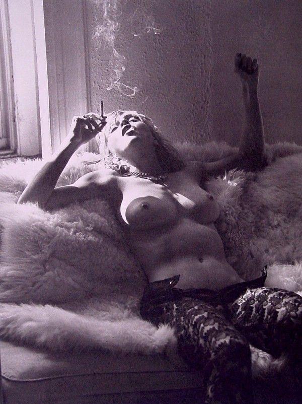 """madonnugh: """""""" Мадонна сфотографировали Стивен Майзель, 1992 """""""""""