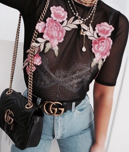 fashion | style | chick fashion | chick look | instagram fashion picture | instagram picture inspiration | insta photo | style | stylish selfie | from where i stand | burga case | marble | marble phone case | embroidery | embroidered top