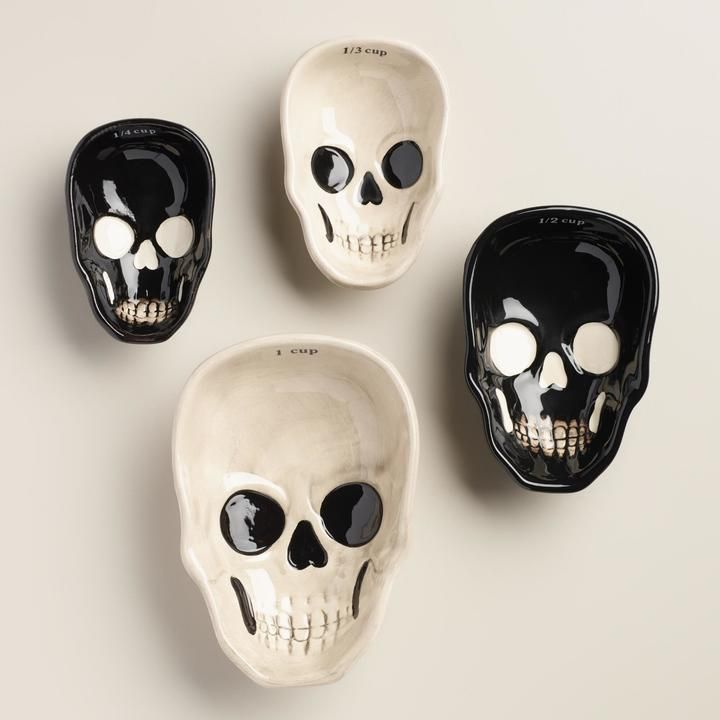Black and White Skull Measuring Cups. Ceramic. 1 cup, 1/2 cup, 1/3 cup and 1/4 cup measurements.: