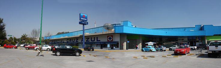 Una vista panorámica de la fachada principal de Centro Comercial Cruz Azul! ;) Visítanos!