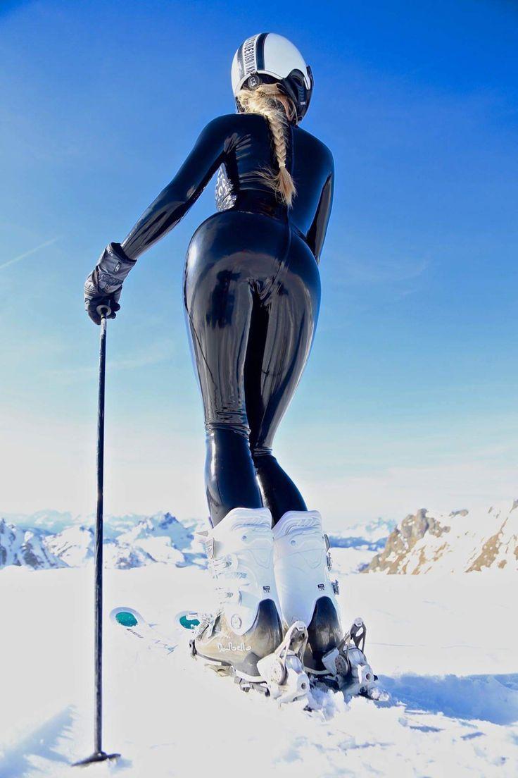 Latex ski babe