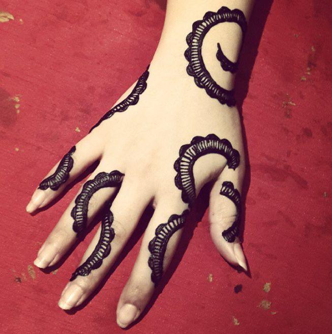للمزيد في موقع ليب بيري قسم الأزياء والموضة Www Lipberry Com Latest Henna Designs Henna Designs Mehndi Designs