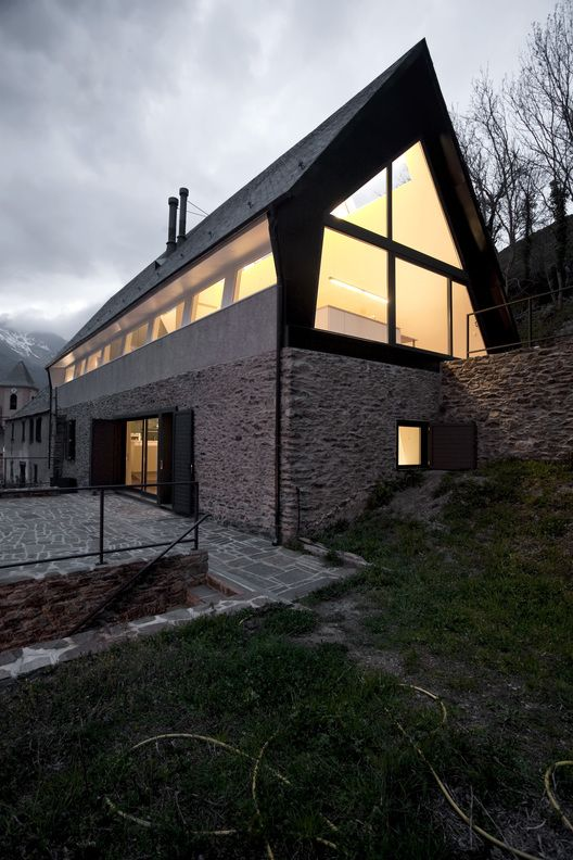 Contemporary renovation of a dry stone building, nested in the pyrenees mountains. Modern concepts applied to traditional techniques. lowinfo are digging this today! #architecture #design