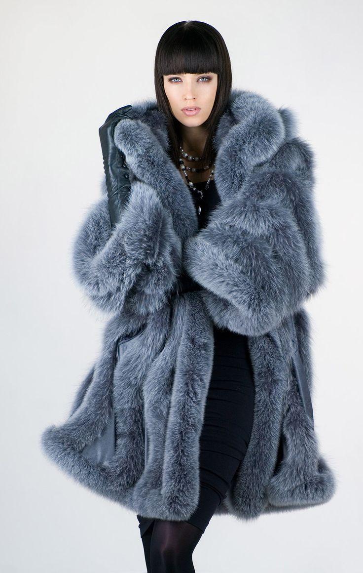 Beautiful Fox Fur Coat - Luxe calme et volupté