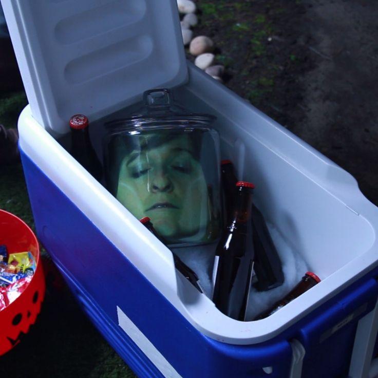 Pickled Head In A Jar // #halloween #halloweendiy #halloweendecor #Nifty