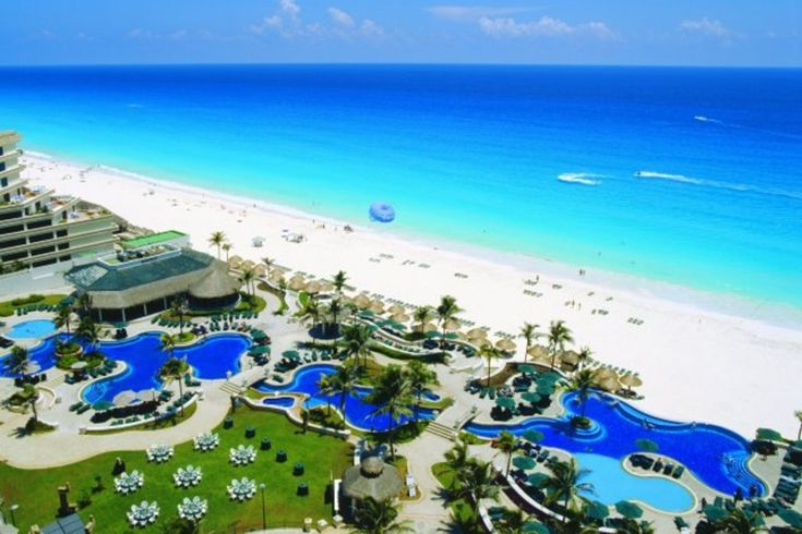 Resort Beaches in Cancun