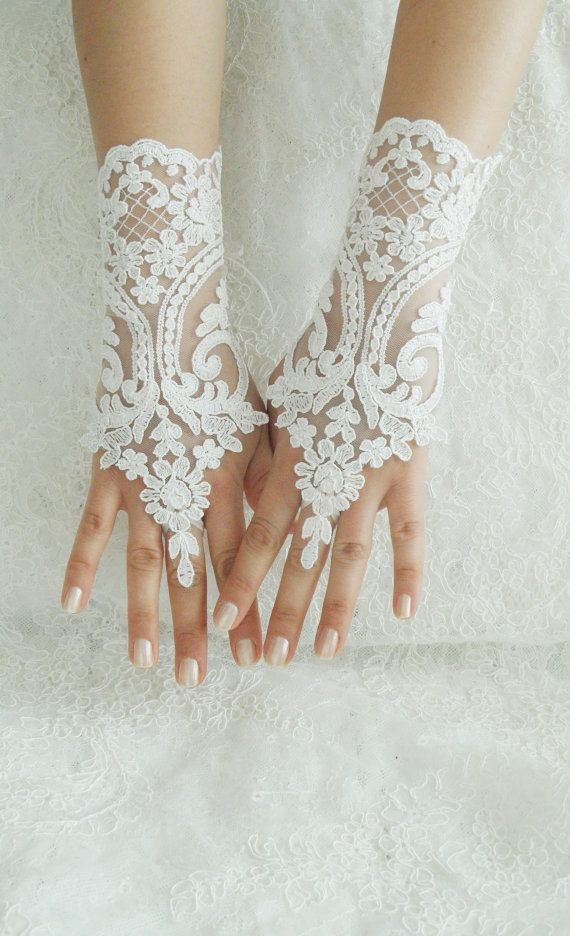 free shipping Wedding Gloves ivory lace by WEDDINGHome on Etsy, $30.00