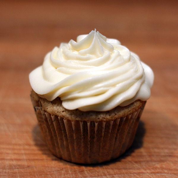 RumChata cupcakes with RumChata/cream cheese frosting. MMMMmmmmmm!