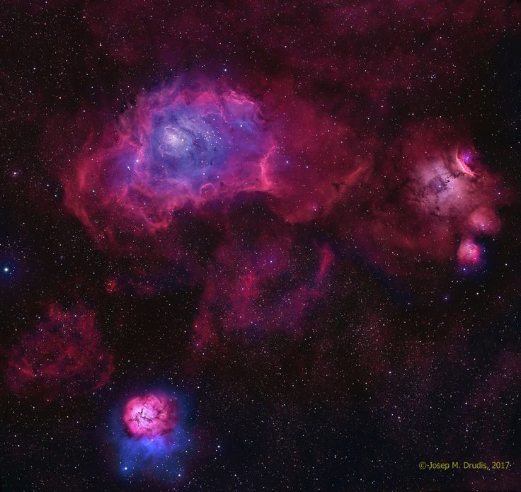Estas tres brillantes nebulosas suelen aparecer en los recorridos telescópicos de la constelación Sagitario y de los campos de estrellas de la Vía Láctea central. De hecho, el turista cósmico del siglo XVIII, Charles Messier, catalogó dos: M8, la gran nebulosa que hay arriba a la izquierda del centro, y M20 en la parte inferior.