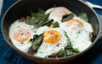 Baked Eggs with Quinoa, Spinach and Chorizo - YUM!