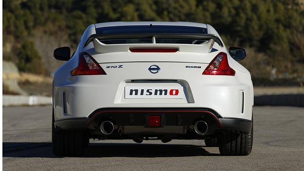 Nissan 370Z Nismo http://www.autorevue.at/aktuell/nissan-370z-nismo-370-z-coupe-heckantrieb-handschaltung.html