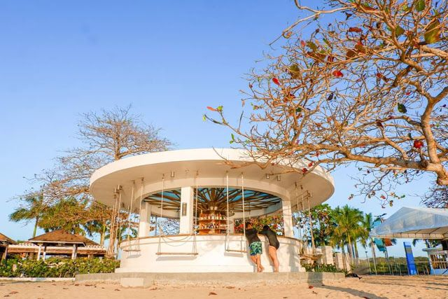 A Pool And Beach Resort In Calatagan Batangas Aquaria Waterpark Water Park Resorts In Philippines Beach Resorts