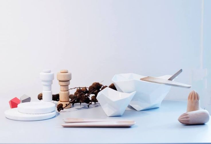 Plus salt/pepper mills, Crushed bowls, Hang Around salad servers, all designed for Muuto.  Get The Originals at www.2ndfloor.gr