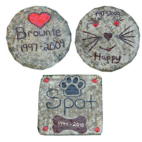 Stepping Stone Pictures: Teresa's Pet Memorial Stepping Stones