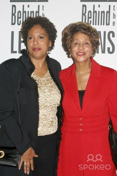 Marla Gibbs and her daughter