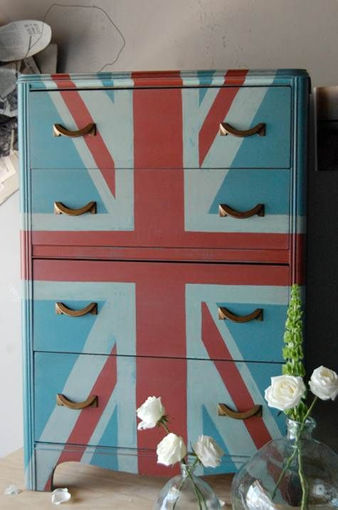 I was going to paint our TV cabinet in more traditional Union Jack style (darker cobalt blue), but this has changed my mind.  Maybe I'll tackle this for Labor Day Weekend.  Wish me luck!