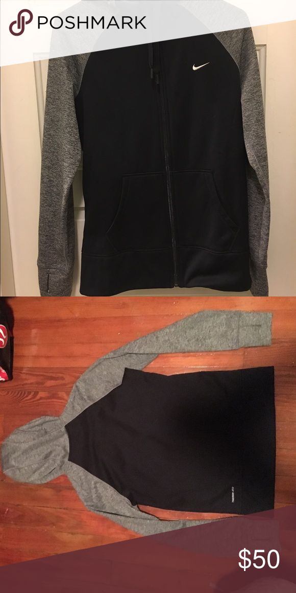 Nike Jacket Thermafit Hooded Nike jacket with thumb holes 😇 perfect for throwing on after a workout! Warm & sporty. Worn twice. Nike Jackets & Coats