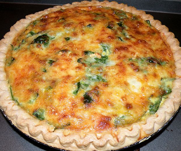 Ham, Onion and Spinach Quiche.....yummy!  I didn't have Half & Half so I used 3/4 cup of reduced fat sour cream and 3/4 cup 1% Milk.  It was delicious and a lot less calories!