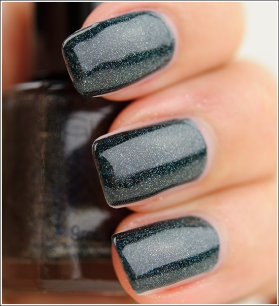 Glitter Gal Lizard Belly 3D Holographic Nail Lacquer Review, Photos, Swatches