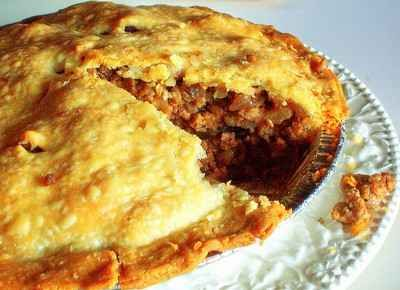 Favourite Tourtiere. Traditional French Canadian meat pie. Recipe ...