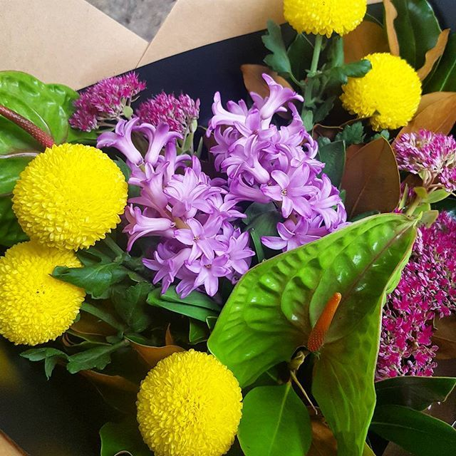 Bright fun bouquet of Pompom|Hyacinth|Sedum|Anthurium|Mag.