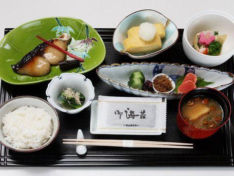 小さくて美しい和のホテルで、贅沢に休日の朝ごはんを「庭のホテル 東京 日本料理 縁(ゆくり)」の「和朝食」