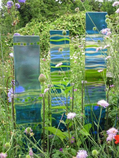 Glass Panels - abstract approach to glass, although clearly linking to natural environment - very clever