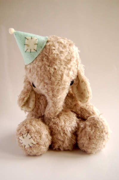 Nene by Nathalie`s bears  beautiful little elephant-love the ear placement