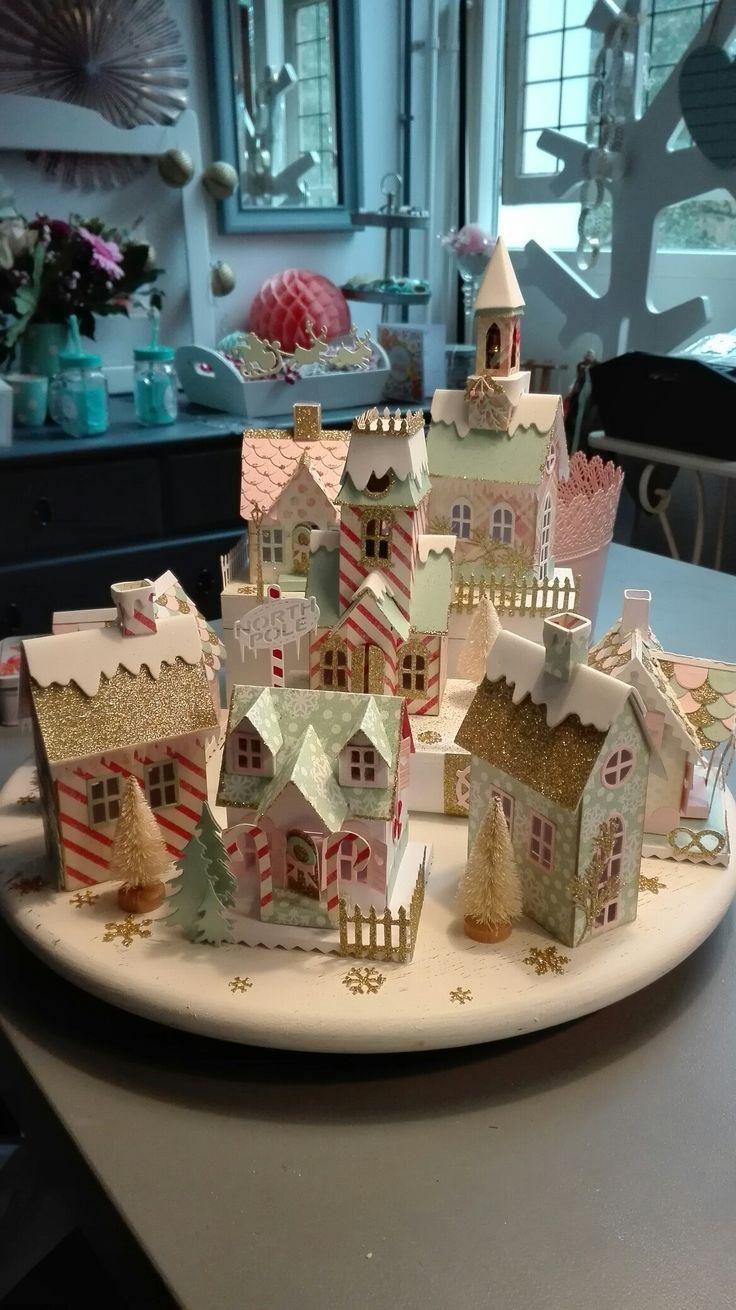 Huisjes van Tim Holtz gemaakt door Colette