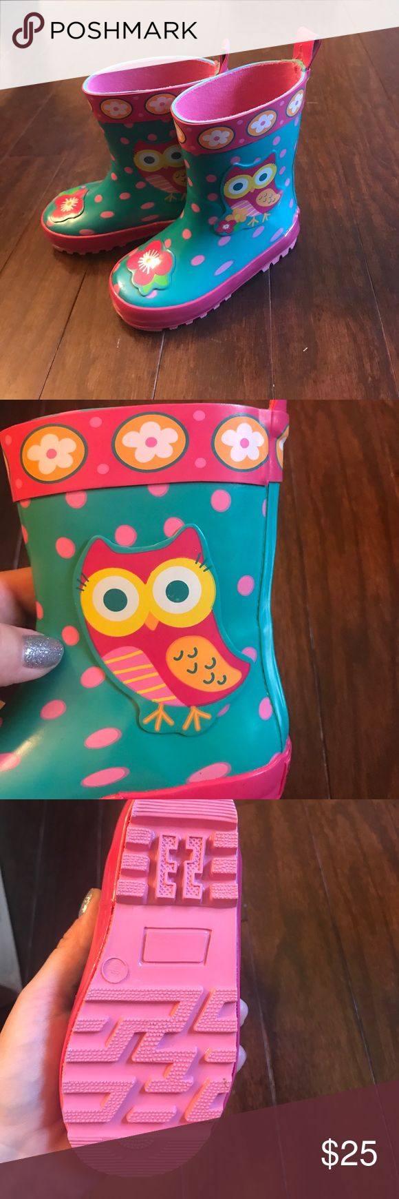 Size 6 toddler rain boots Adorable owl and flower rain boots. Brand new. Shoes Rain & Snow Boots