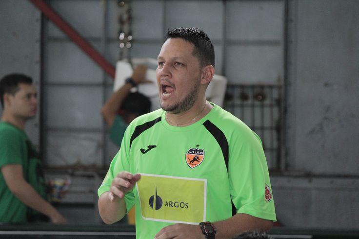 Douglas Franco, DT de Club Deportivo Lyon.