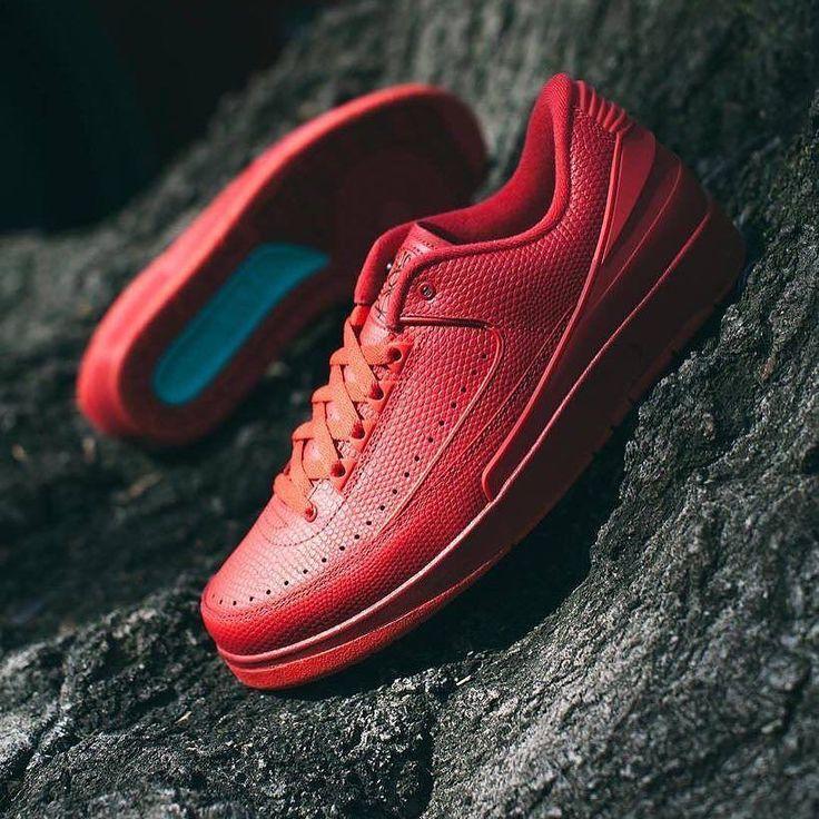 Nike Air Jordan 2 Retro Low