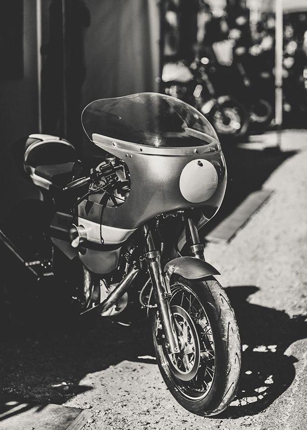17 best images about cafe racer fairings on pinterest for Garage honda montlhery