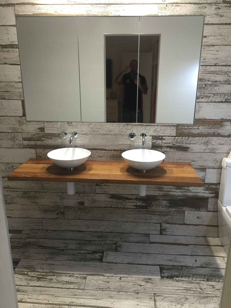 Private residence in Brisbane given the shabby chic look with BLENDART NATURAl wood effect porcelain tiles