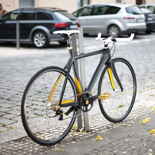 Bike paint ideas: Gunmetal with yellow accents on inside surfaces