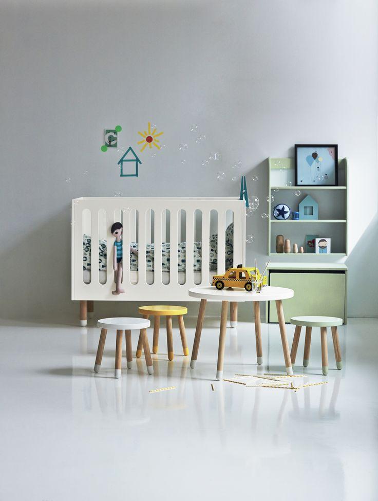 Pour donner un style unique!  #FLEXA  #europeen  #pastel  #enfants  #tabouret  #table  #jeux  #Play  #europeen  #rose  #vert  #jaune