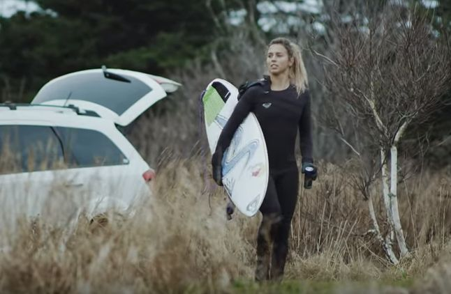 Sally Fitzgibbons checks the waves on the south shore in -4 degree weather.