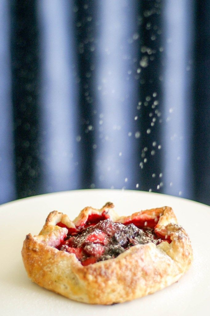 Mixed Berry Galette http://www.castironcookie.com/mixed-berry-galette/