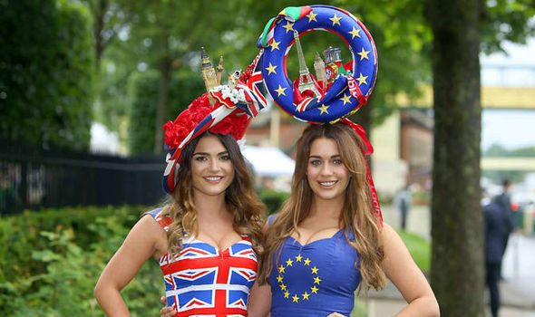 Holly Peers India Reynolds | Racegoers arrive at Royal Ascot in EU referendum outfits ...