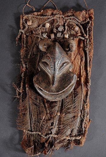 Small Hemba monkey mask - DR Congo