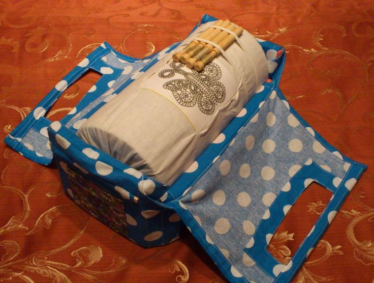 Original conjunto de bolillero de rulo, con bolsa de transporte incorporada