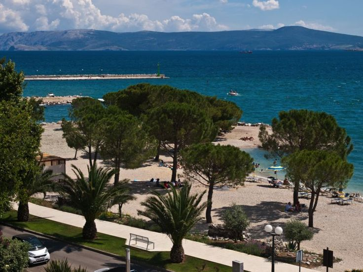 Crikvenica - The town consists of four villages, namely: Crikvenica, Dramalj, Jadranovo and Selce. Situated on the Croatian part of the Adriatic Sea, known as the Croatian coast, in the Kvarner Bay, just 35 kilometers from the city of Rijeka.