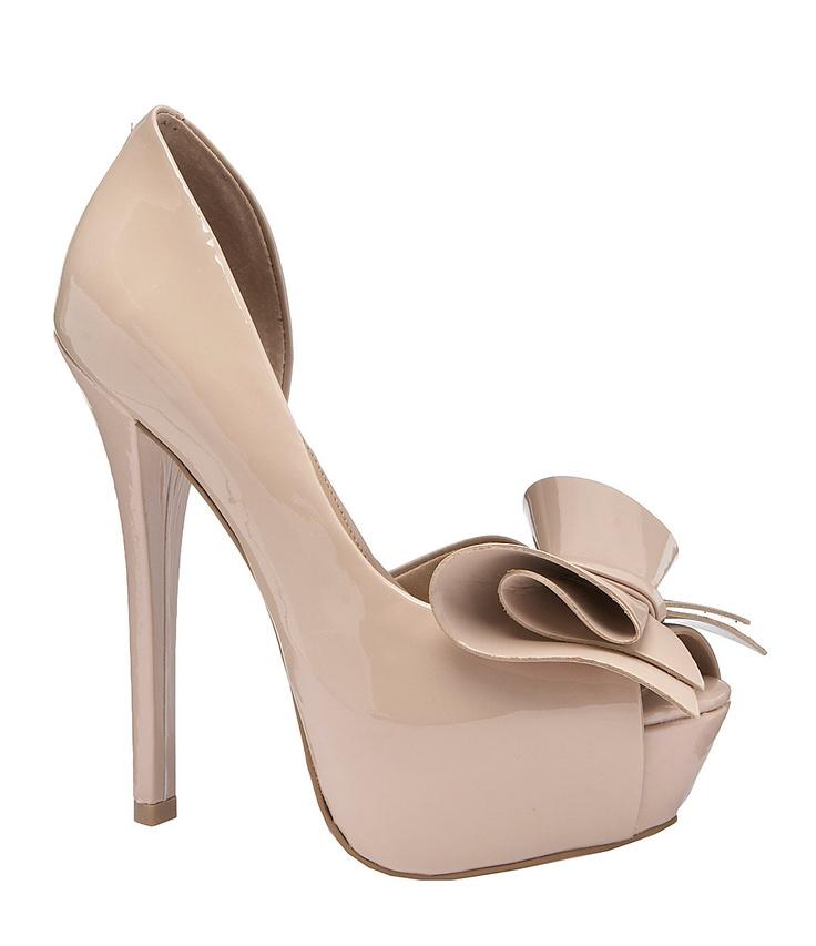 definite grad shoes! WANT