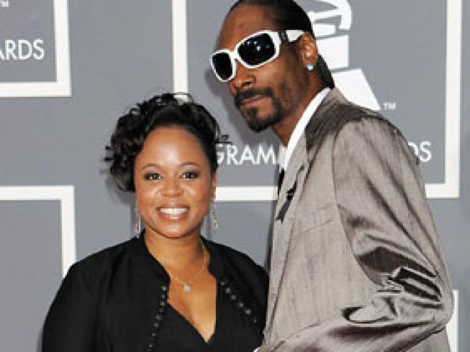Snoop Dogg's Wife, Shante Broadus, Is Not Dead, Manager Confirms ...