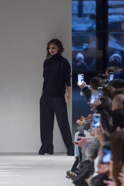 Victoria Beckham Autumn/Winter 2017 Ready to Wear Collection | British Vogue