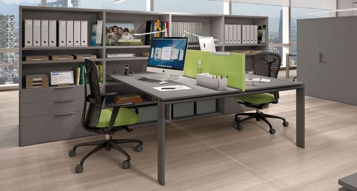 Z699 - Desk with P01 portal leg. Calla chairs. Link System bookcase.