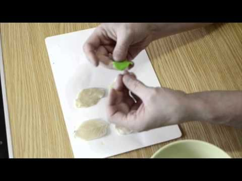 Сравнение самоотвердевающей, запекаемой полимерной глины и самодельного холодного фарфора.