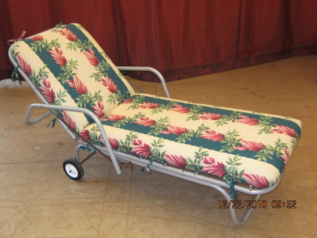 Gliders For Sale >> Retro chaise lounge reupholstered in vintage barkcloth ...