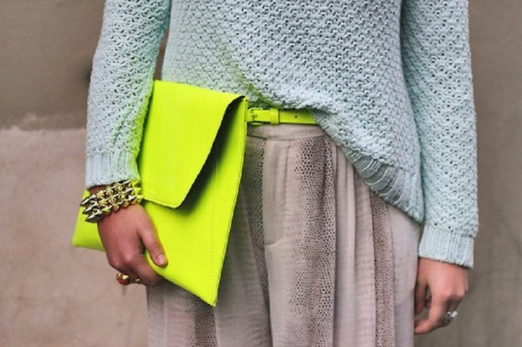 Look trendy w/ a skinny neon yellow belt and clutch